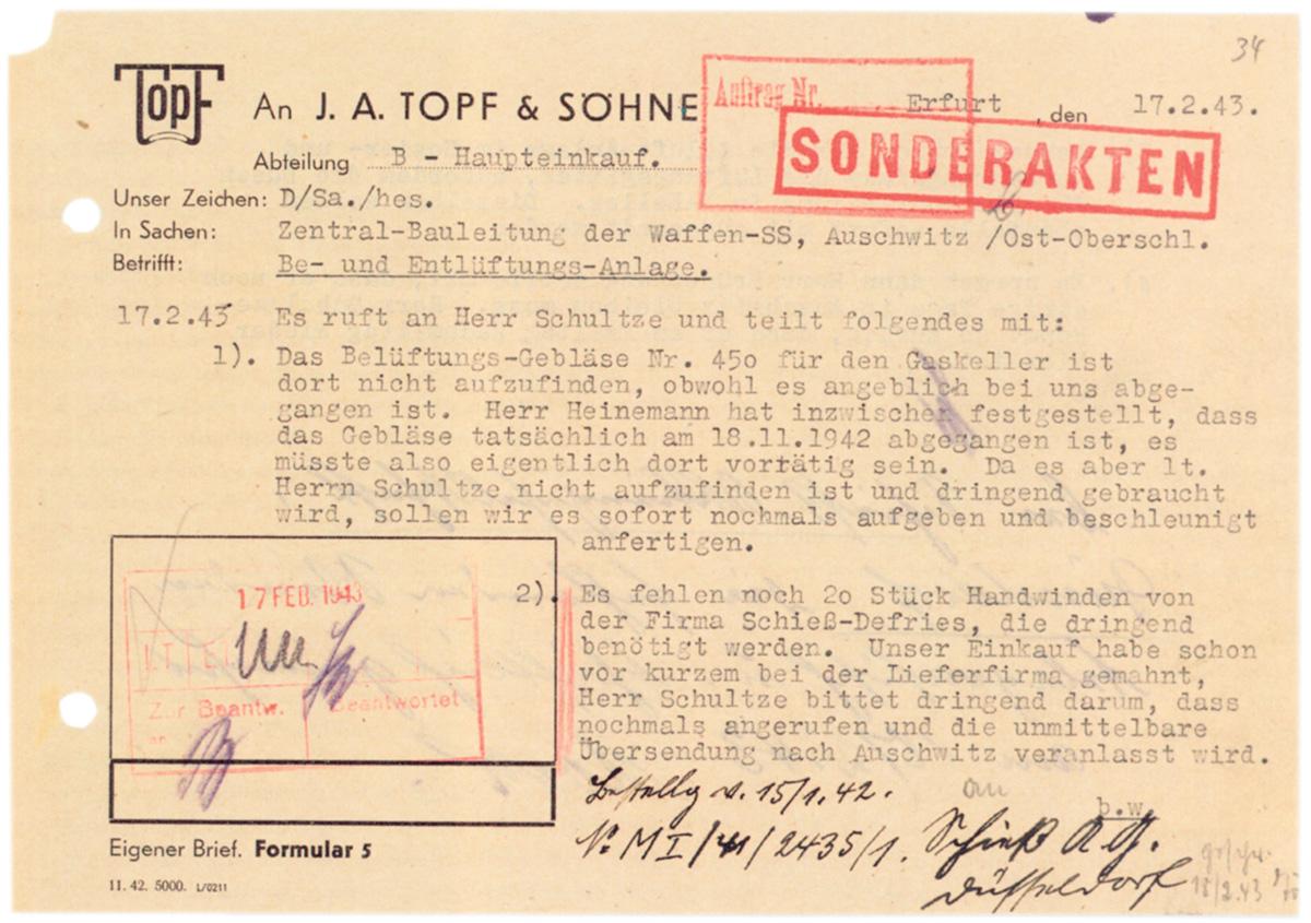 """Um pedaço da história do Terceiro Reich, exposto na mostra """"Hitler e os Alemães"""", aponta para a cadeia de responsabilidades na <i>Shoah</i>"""