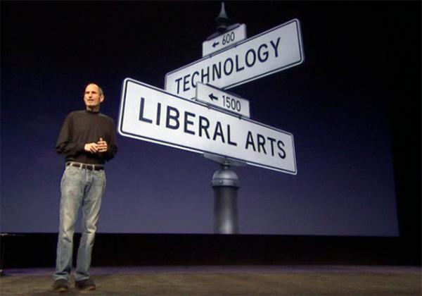 Steve Jobs promoveu a evolução da música por uma revolução midiática
