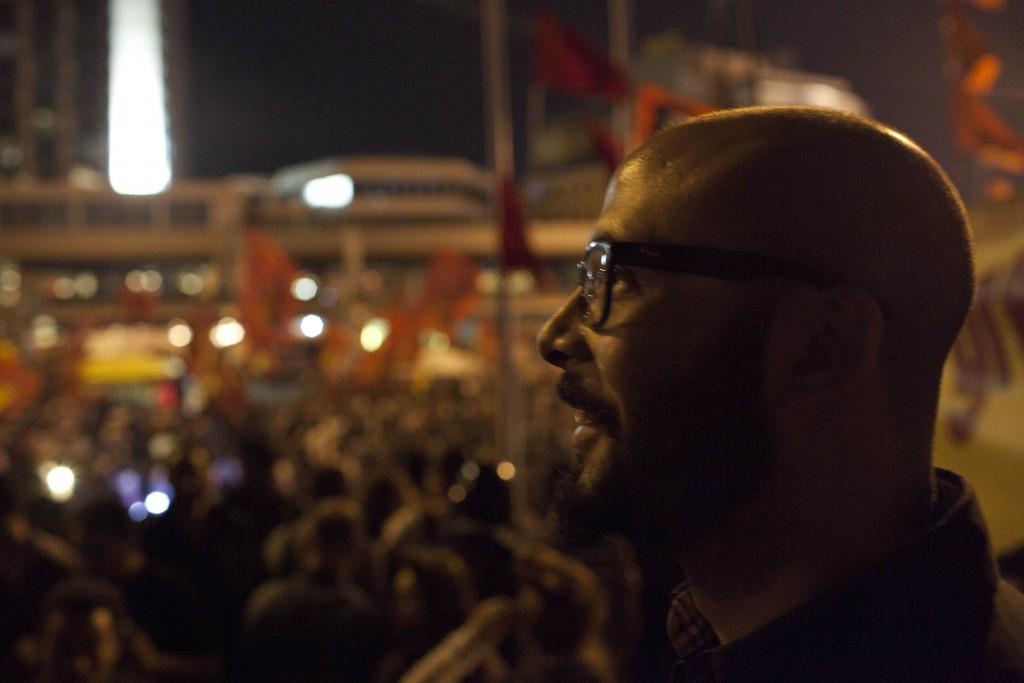 O cineasta Muhammed Hamdy na Praça Tahrir | Foto de Ahmed Hassan