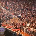 Cuiabanno Lima anima o público antes dos shows de sábado à noite, véspera da final de Barretos.