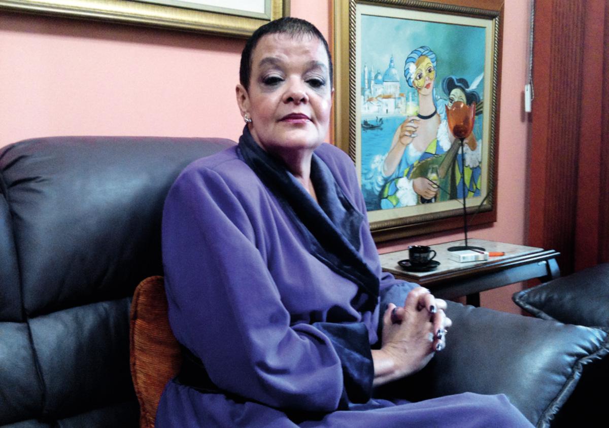 """""""Depois que eu matei o meu marido, eu só não matei o Hugo Chávez, não é? Depois que alguém pediu um copo d'água e cinco minutos depois estava morto, tudo é possível"""""""