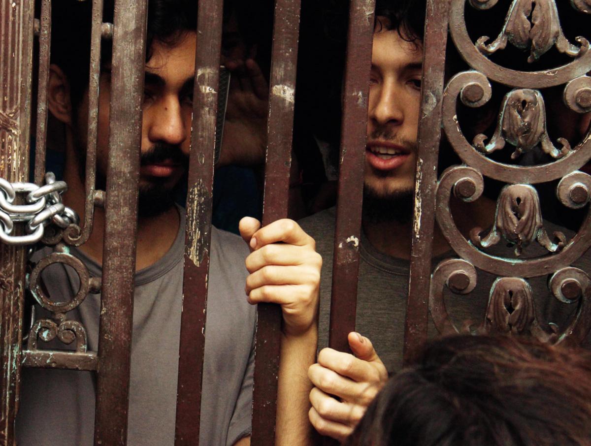 Os manifestantes ficaram doze dias dentro do prédio da Câmara em protesto, e só saíram de lá com ordem judicial
