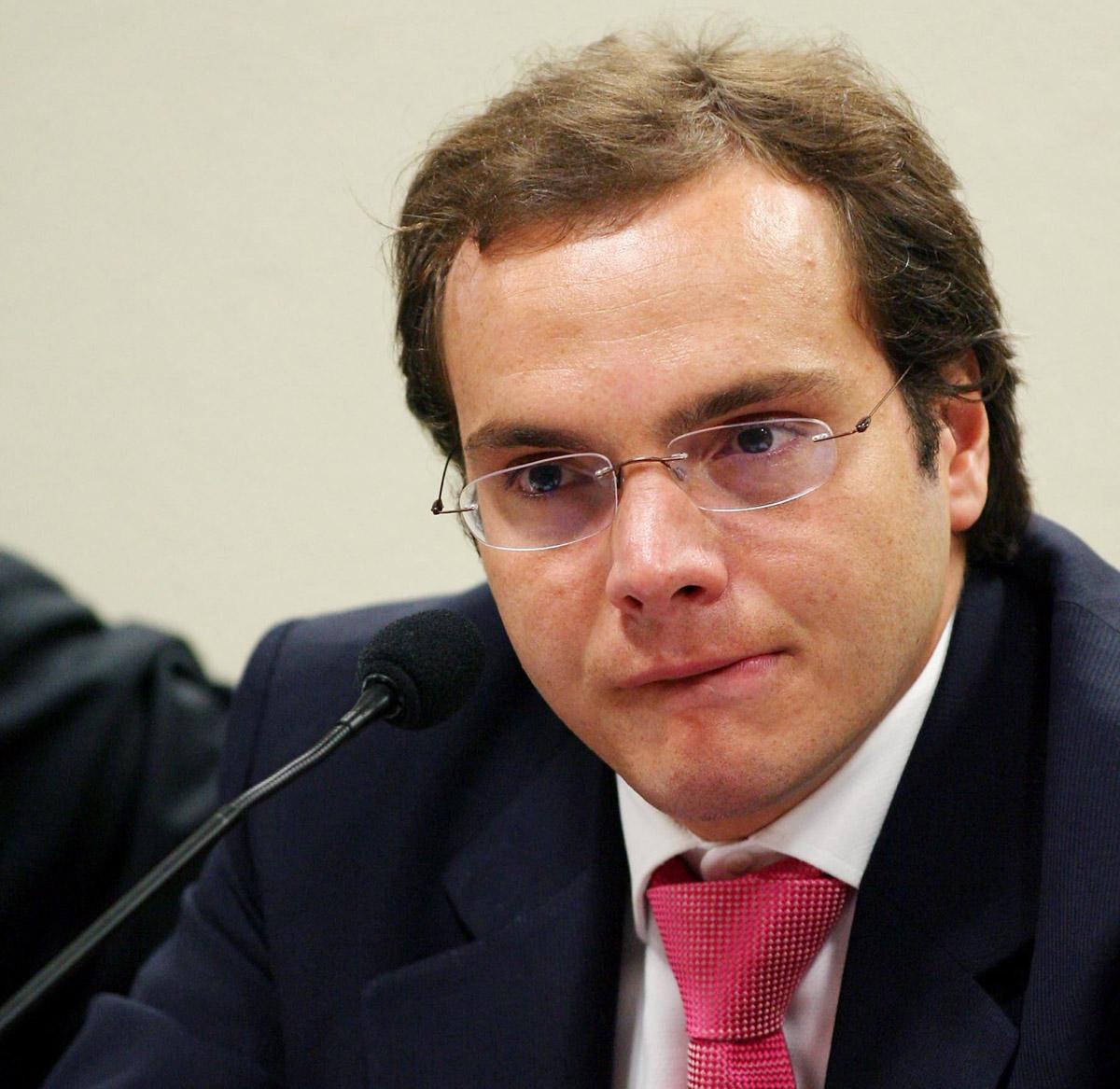 Lúcio Bolonha Funaro durante depoimento à sub-relatoria de fundos de pensão da Comissão Parlamentar Mista de Inquérito dos Correios, no Senado, em Brasília, em 2006