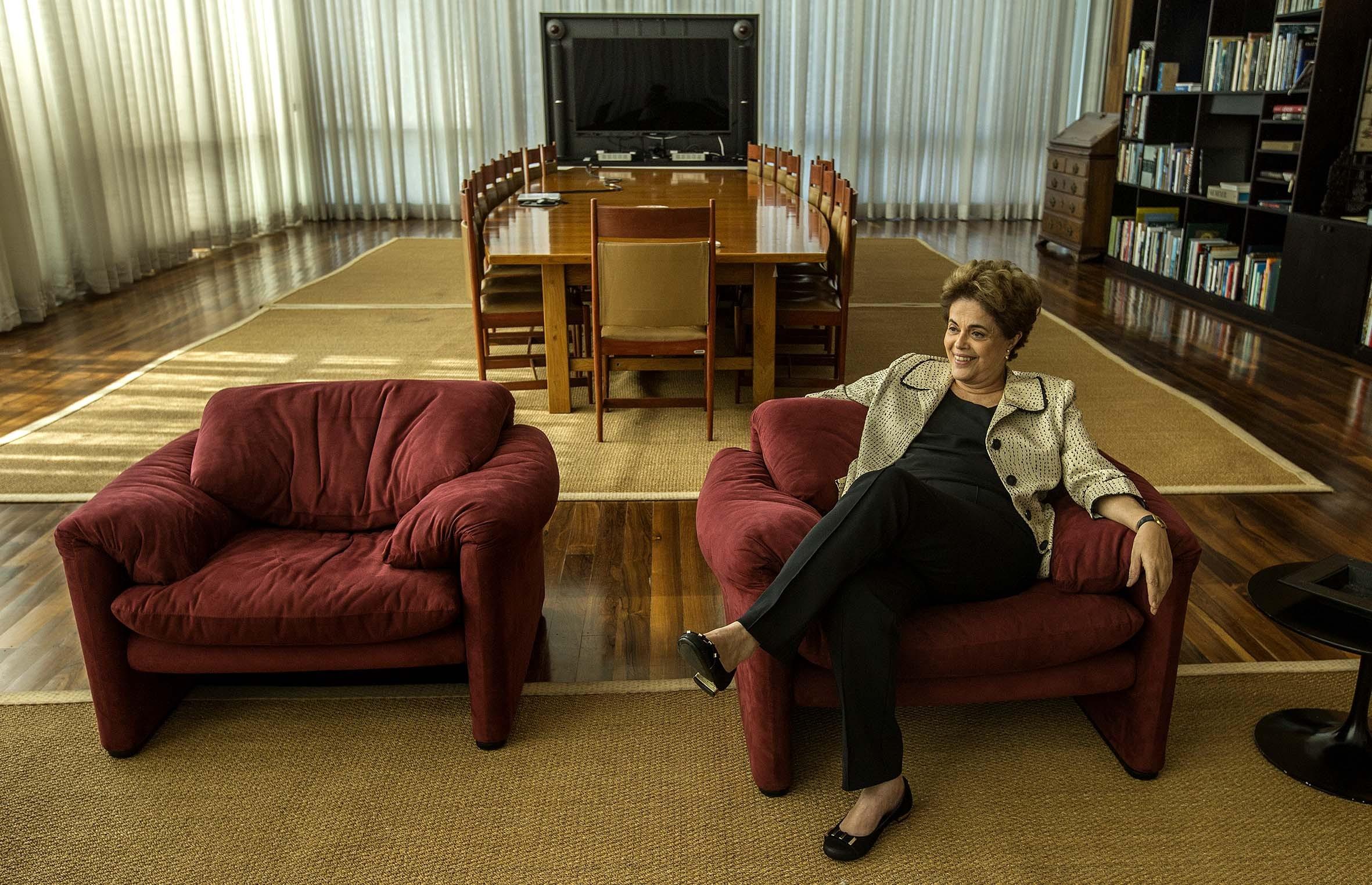 A presidente afastada Dilma Rousseff durante entrevista exclusiva à Folha de S. Paulo, no Palácio da Alvorada, em Brasília (DF)