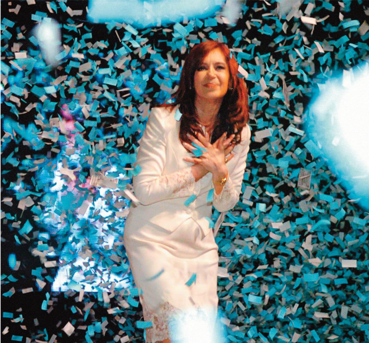 """Língua solta, Cristina respondeu com vigor a uma pergunta sobre as relações do governo de seu marido com os Estados Unidos: """"Kirchner só teve relações carnais comigo"""""""