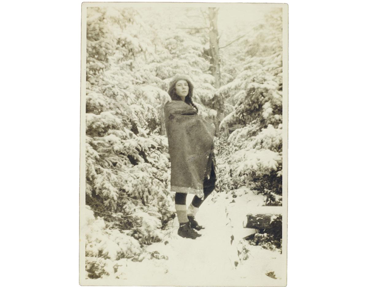 """Barbara Follett tinha 12 anos quando se consagrou como romancista saudada por H. L. Mencken. Aos 26, desapareceu. """"Meus sonhos estão passando por comoções mortais"""", escreveu"""