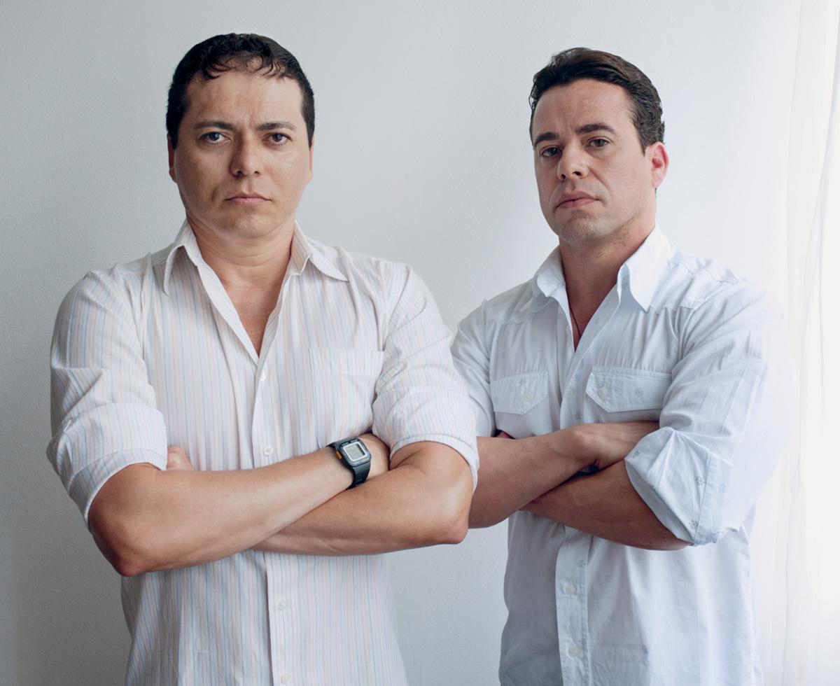 Os sargentos Laci Marinho de Araújo e Fernando Alcântara de Figueiredo  travam uma luta desigual contra 9730e7d7514