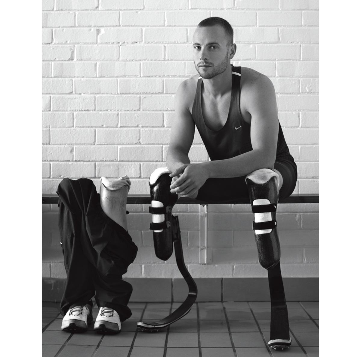 """Pistorius, que nasceu sem a fíbula e teve as duas pernas amputadas aos 11 meses de idade, disputa em Londres sua primeira Olimpíada: """"Eu mesmo quero saber se tenho ou não uma vantagem."""""""