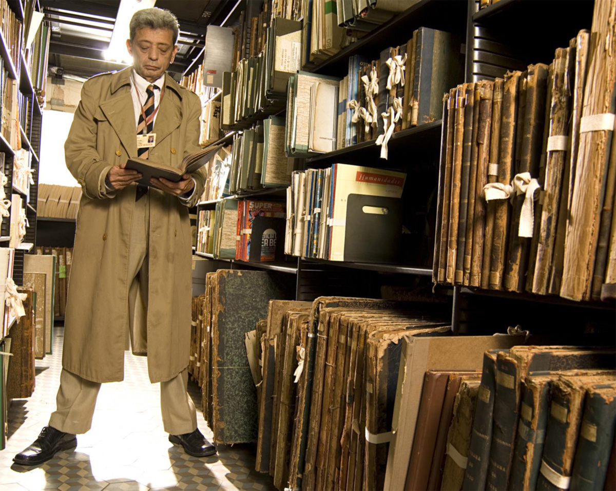 Leitor de todas as atas da ABL, Heber Trinta traz de cor número e patrono de cada cadeira, e já gastou metade da vida nas salas da Academia, do Museu de Belas-Artes e da Biblioteca Nacional