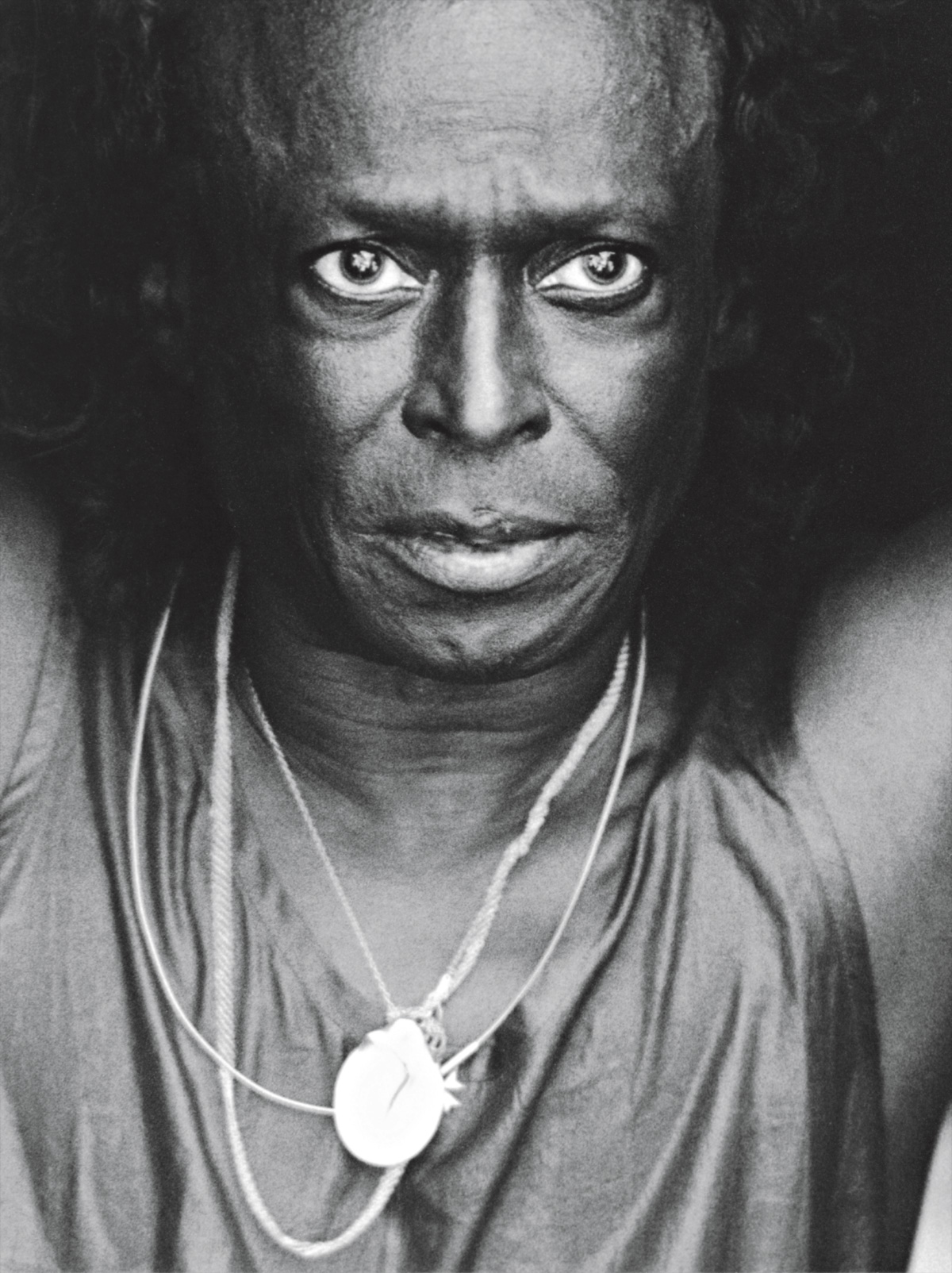Miles Davis forçou os limites do jazz até o ponto em que o próprio gênero parecia ter se tornado outra coisa. Foi maior do que Louis Armstrong, Duke Ellington ou Charlie Parker