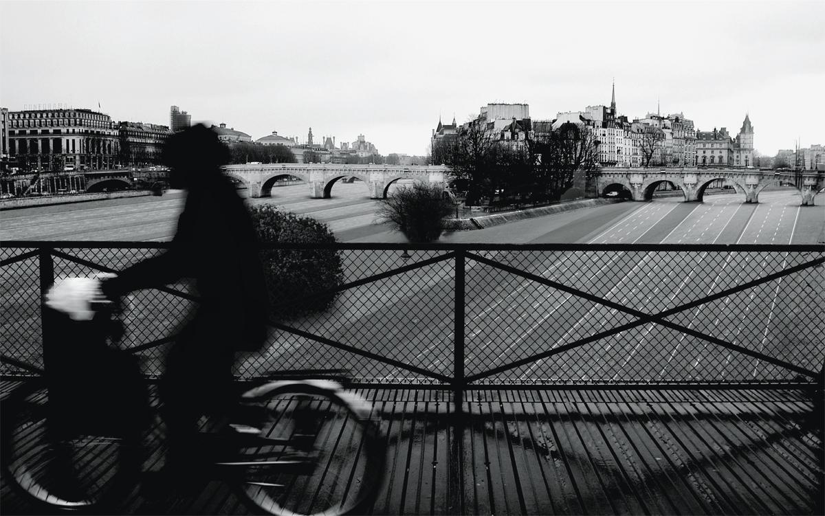 A reforma do rio Sena beneficia toda a população motorizada de Paris