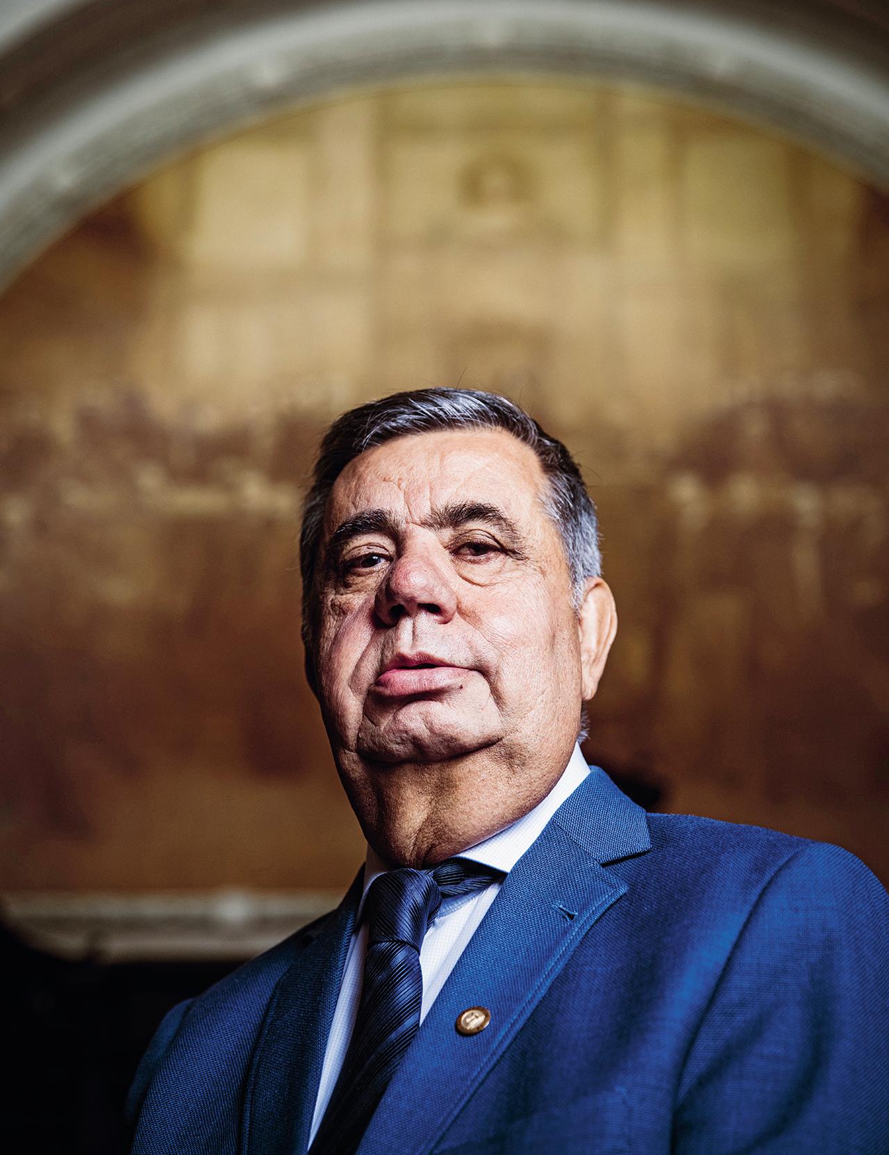 """Principal liderança da política fluminense hoje, Picciani vê o cerco da Lava Jato apertar. Em dezembro, ele visitou o aliado Sérgio Cabral em Bangu: """"Rezamos um Pai-Nosso"""", contou"""