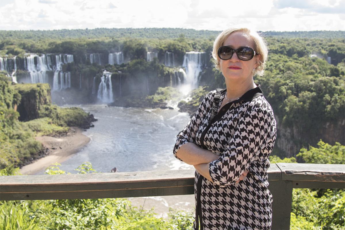 """Com o colapso da política local, a vereadora Inês Weizemann virou a """"Designated Survivor"""" do Paraná"""