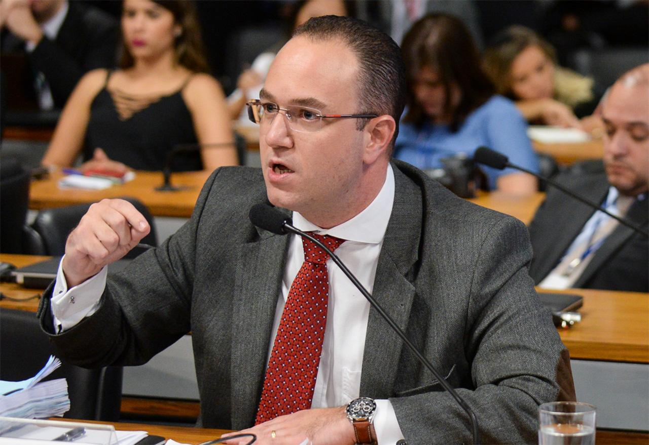 """Adriano Bretas: o ex-ministro petista Antonio Palocci quase escorreu pelas mãos do advogado, que enfim conseguiu conquistar o cliente. Para ele, foi """"um capricho de Deus""""."""