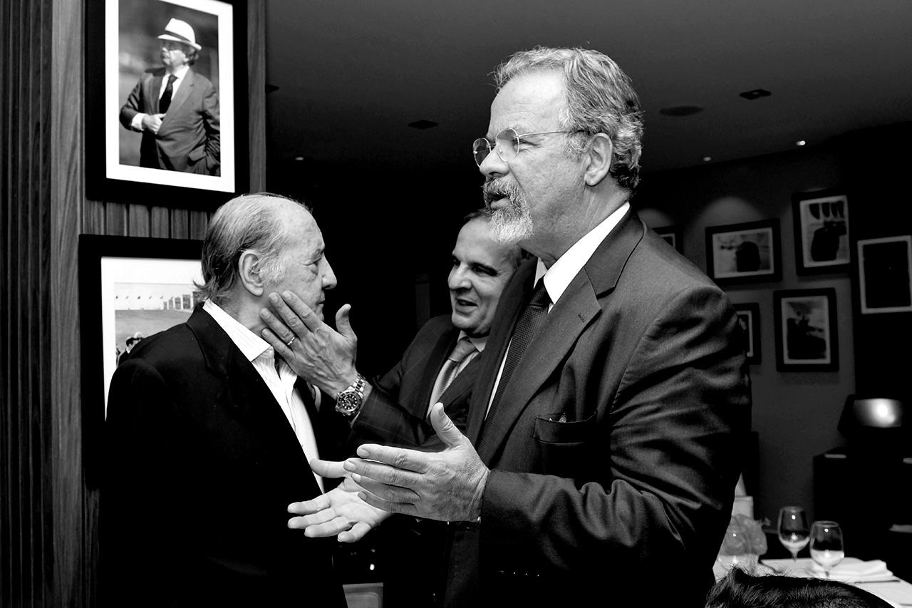 Toninho Drummond, ex-diretor regional da Rede Globo em Brasília, Murillo de Aragão, advogado, e Raul Jungmann, ministro da Defesa