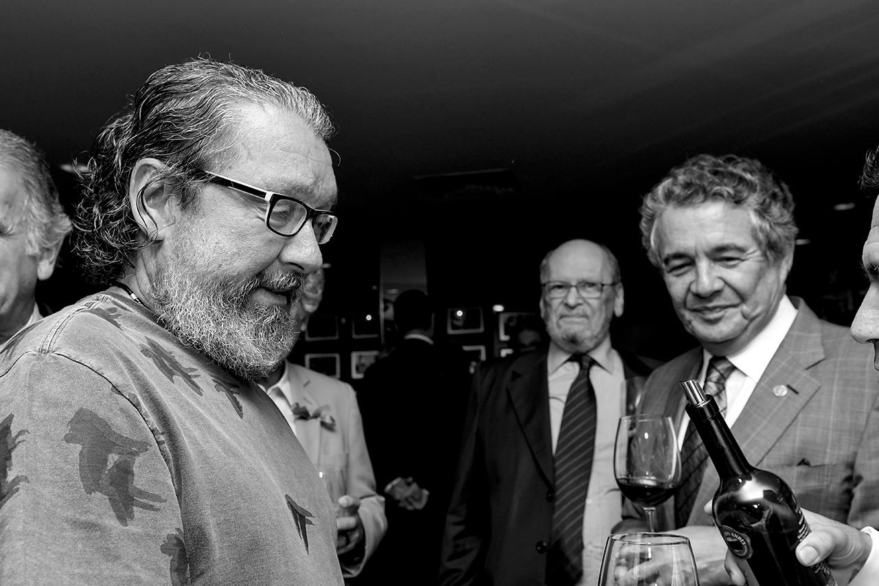 À frente, Antônio Carlos de Almeida Castro, o Kakay. No fundo, o ex-ministro do STF Sepúlveda Pertence, ex-procurador-geral da República e ex-presidente do Supremo Tribunal Federal, e Marco Aurélio Mello, ministro do STF