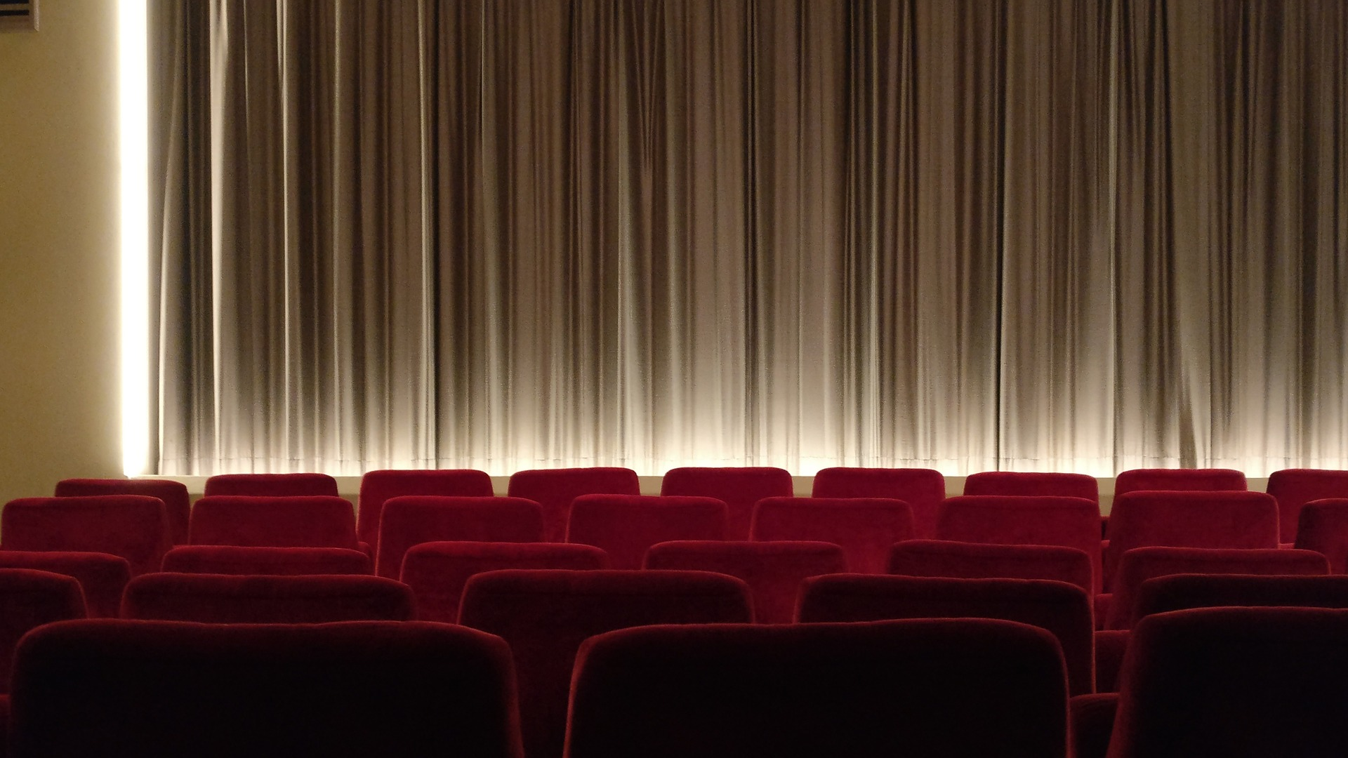 Quem acredita na importância do cinema ser produzido no Brasil teria a obrigação de enfrentar as condições reais nas quais se produz