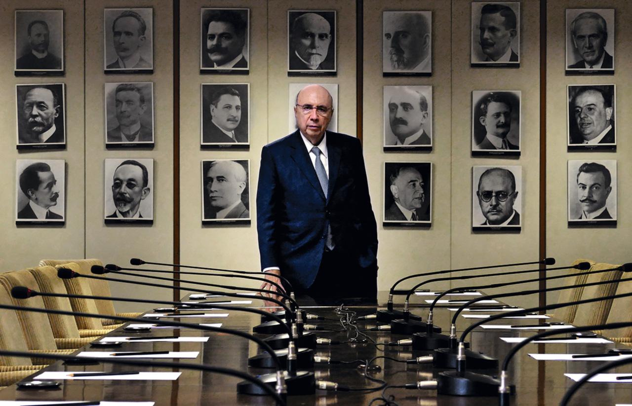 """Em 1998, então presidente mundial do BankBoston, Meirelles confidenciou a um amigo, numa conversa de bar, que gostaria de ser candidato à Presidência da República. Depois de algumas doses, concluíram que o banqueiro deveria se vender como """"uma espécie de Roberto Campos de Goiás"""""""