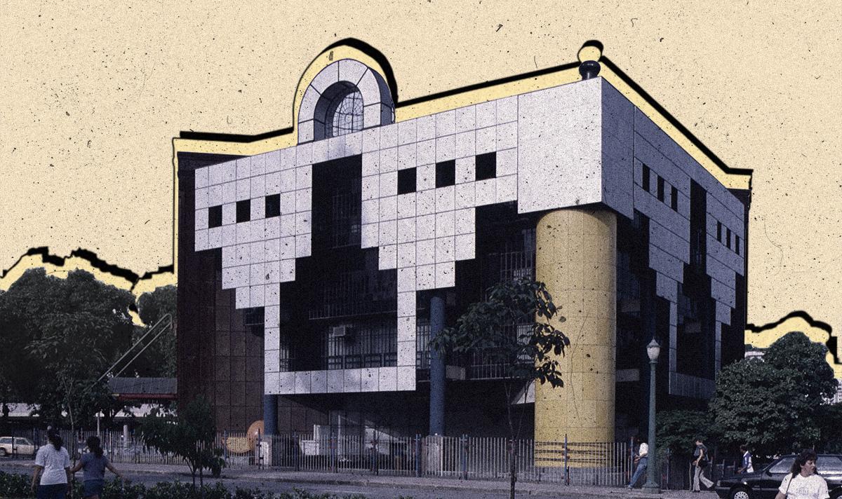 """O prédio """"Rainha da Sucata"""", no centro de Belo Horizonte"""