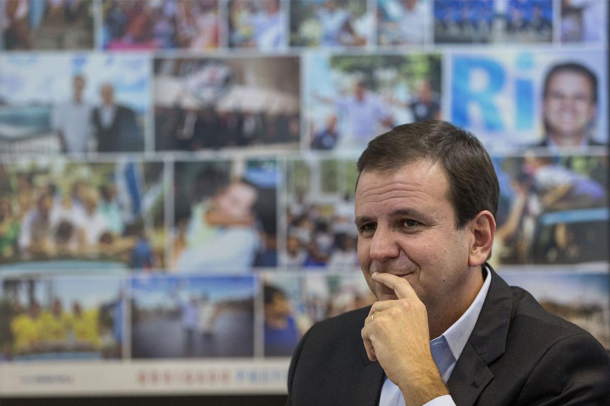 O ex-prefeito do Rio quer descolar seu partido da crise. Para ele, a culpa é do petróleo