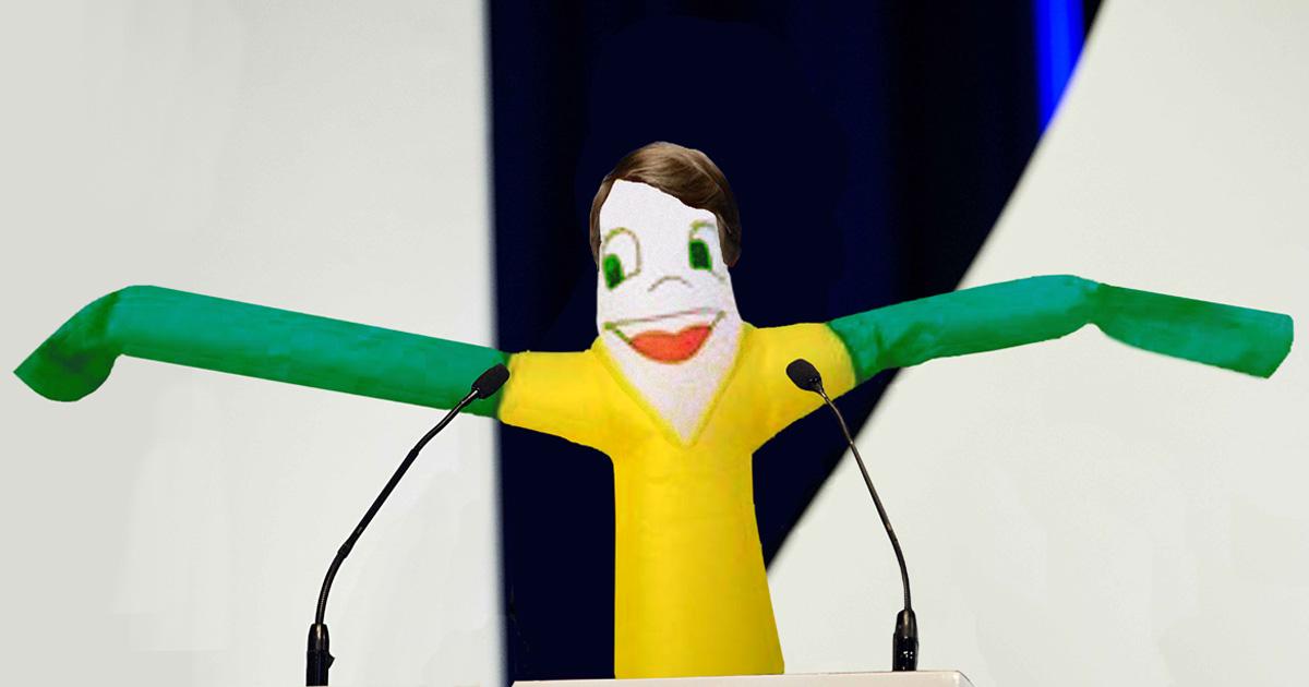 Quando indagado sobre qual será a política fiscal de Bolsonaro, o bonecão costuma chacoalhar os braços