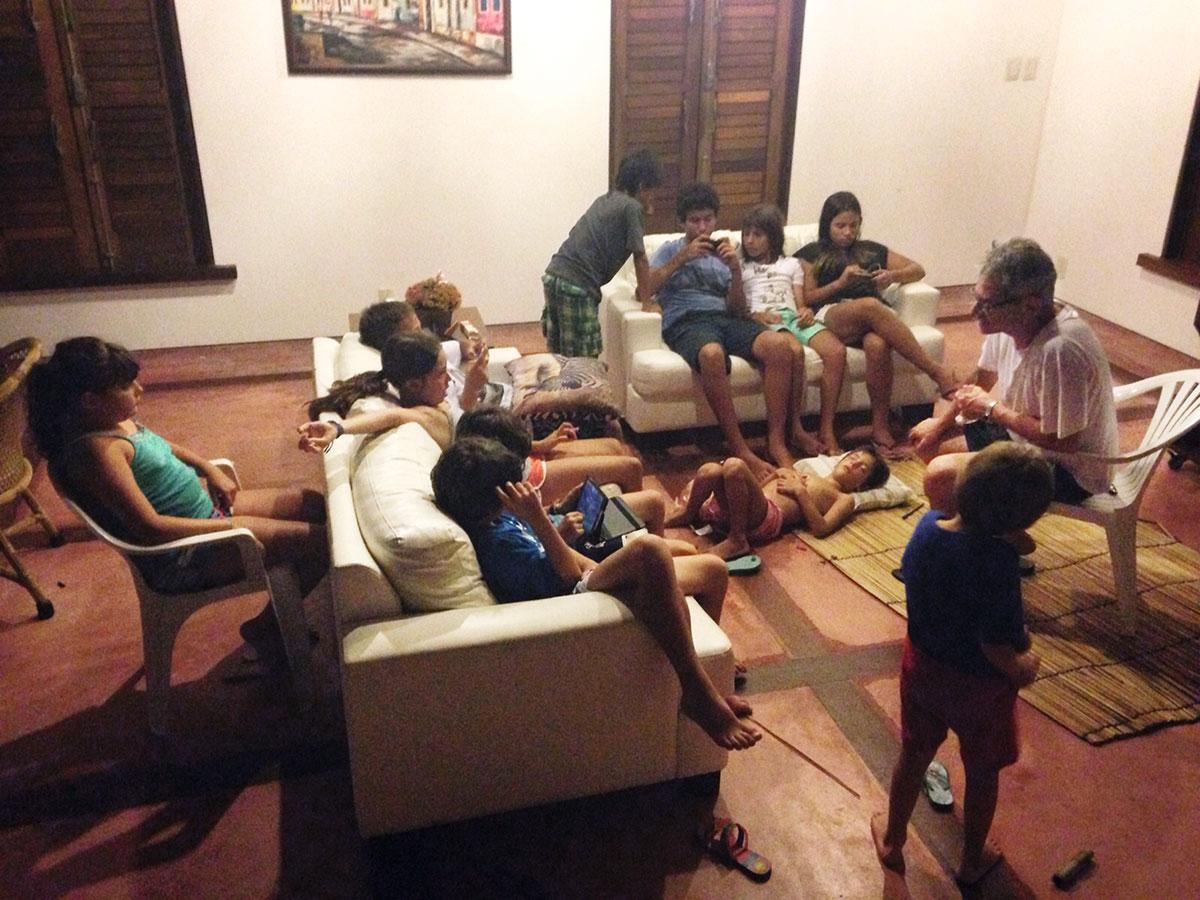 Em 2015, Otavio Frias Filho – diretor de redação da <i>Folha de S.Paulo</i> – contou histórias para as crianças com quem passou o Ano-Novo