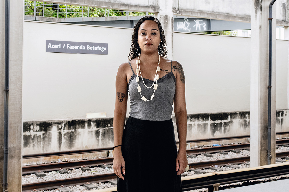 """""""Se mataram a Marielle, o que vai acontecer comigo?"""", repetia Buba Aguiar poucas horas depois da morte da vereadora do PSOL. Àquela altura, a militante e outros dois parceiros do coletivo Fala Akari já haviam decidido fugir da comunidade"""