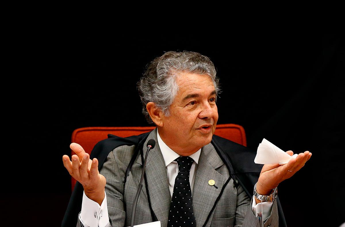 """""""Quando eu penso que estou fora eles me puxam de volta"""", afirmou o Ministro Marco Aurélio parafraseando Michael Corleone"""