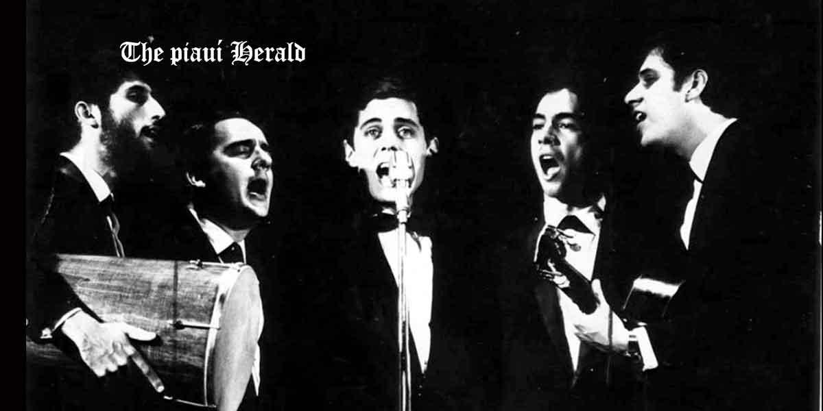 """Chico Buarque cantando """"Pai, afaste de mim esse zap/ de Danoninho de sangue"""""""