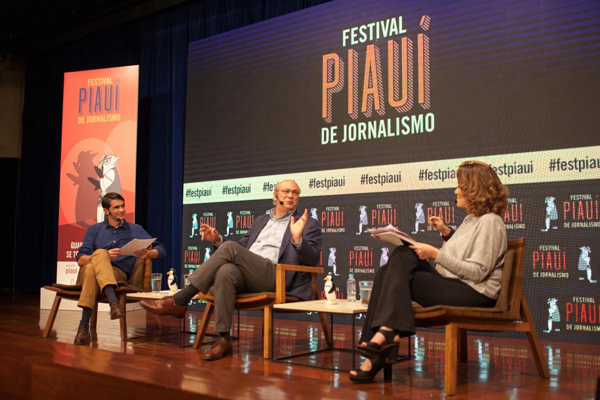 João Moreira Salles, da piauí, e Natuza Nery, da GloboNews, mediaram a conversa com Carlos Chamorro, do portal Confidencial