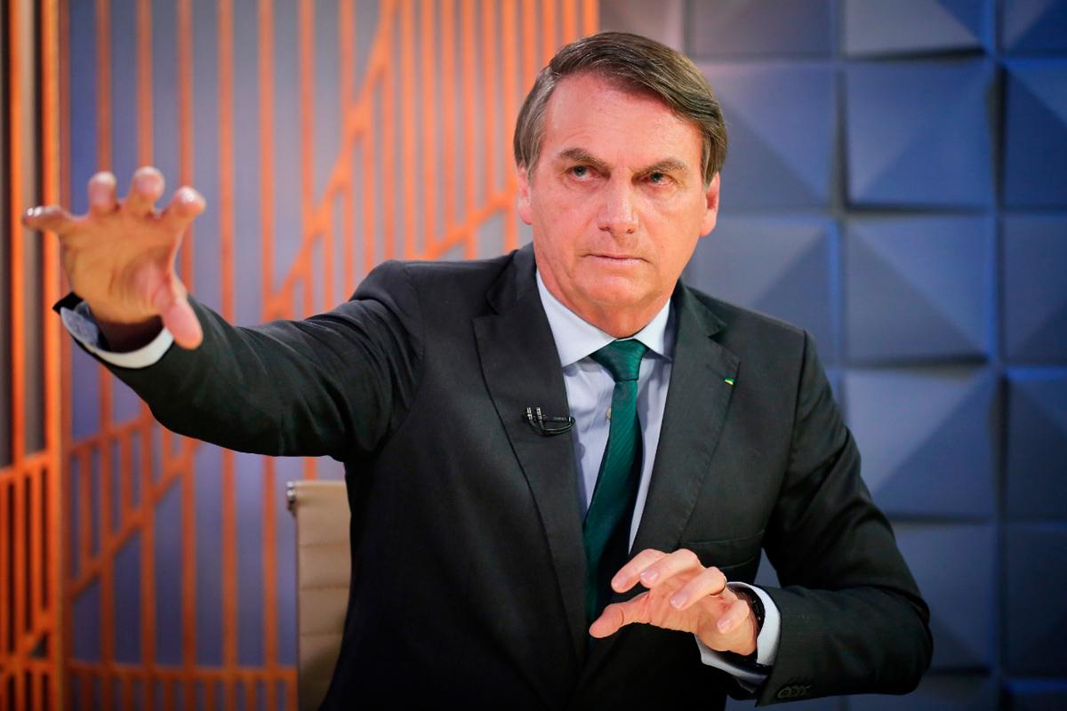 Marcelo Crivella também cogita atribuir as enchentes de verão do Rio de Janeiro a uma sabotagem de São Pedro