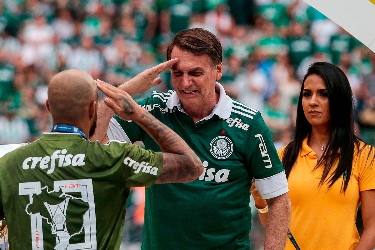 A CBF prometeu organizar um jogo entre Palmeiras e o Escritório do Crime Futebol Clube para o que presidente possa ver todos os seus ídolos na tevê