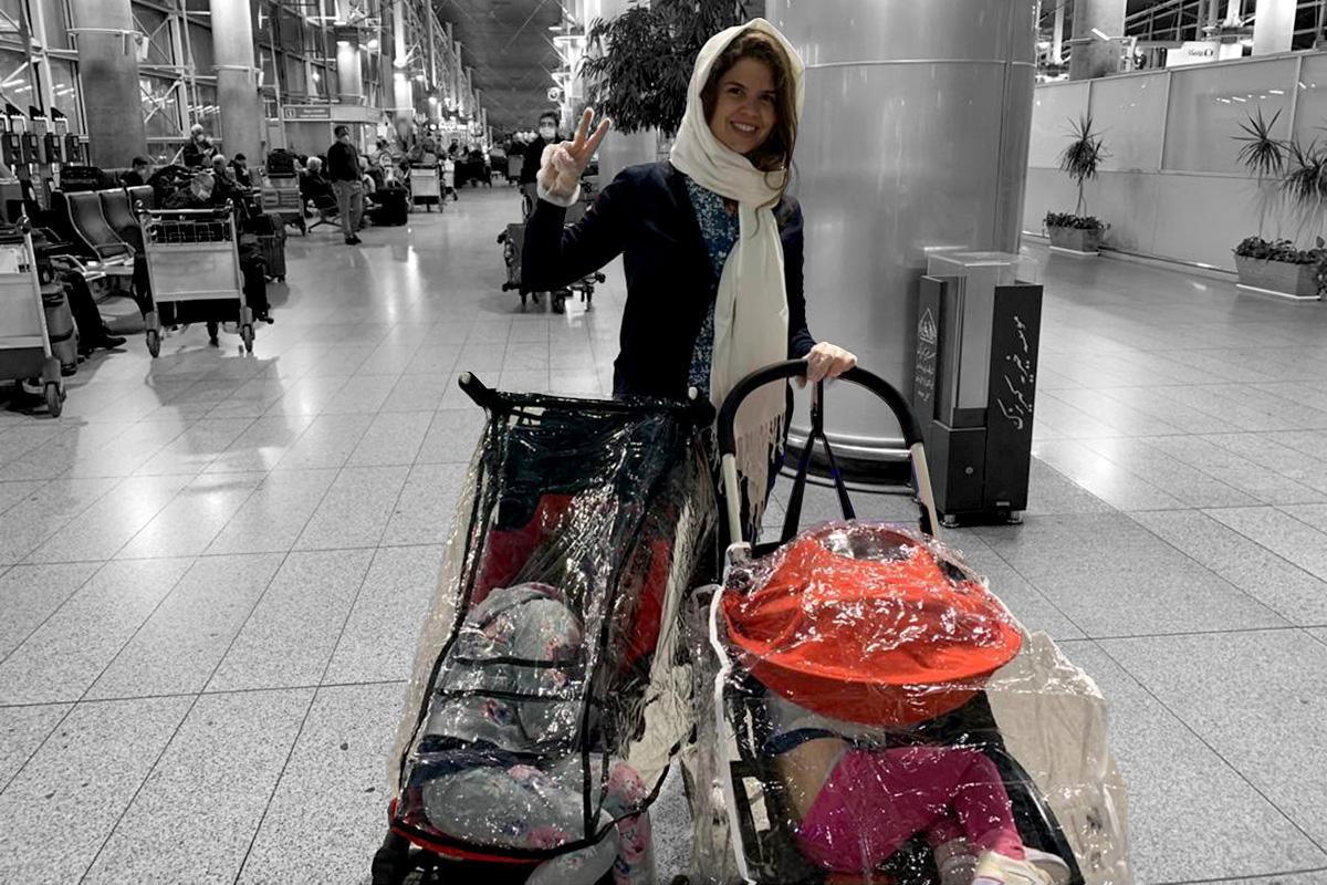 Clara e as filhas ao saírem do Irã
