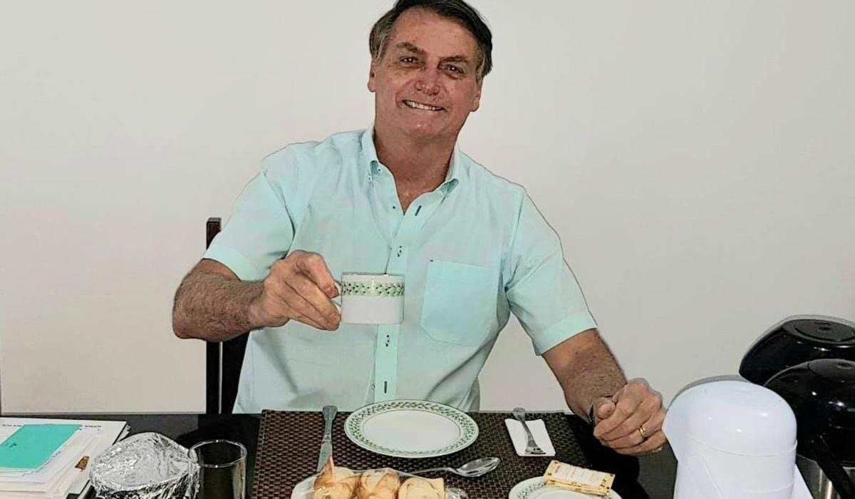 """O ministro Paulo Guedes comentou, em paralelo, que pensa em legalizar a rinha entre STF e STJ: """"Dá pra ganhar trilhão com a venda de ingressos"""""""