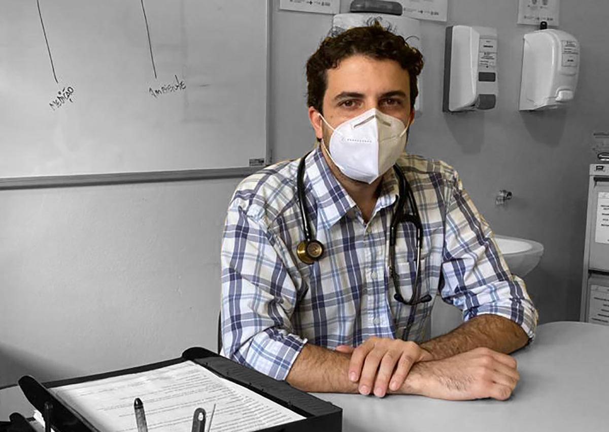 João Assy é médico infectologista e atua há seis anos em Santarém, no Pará