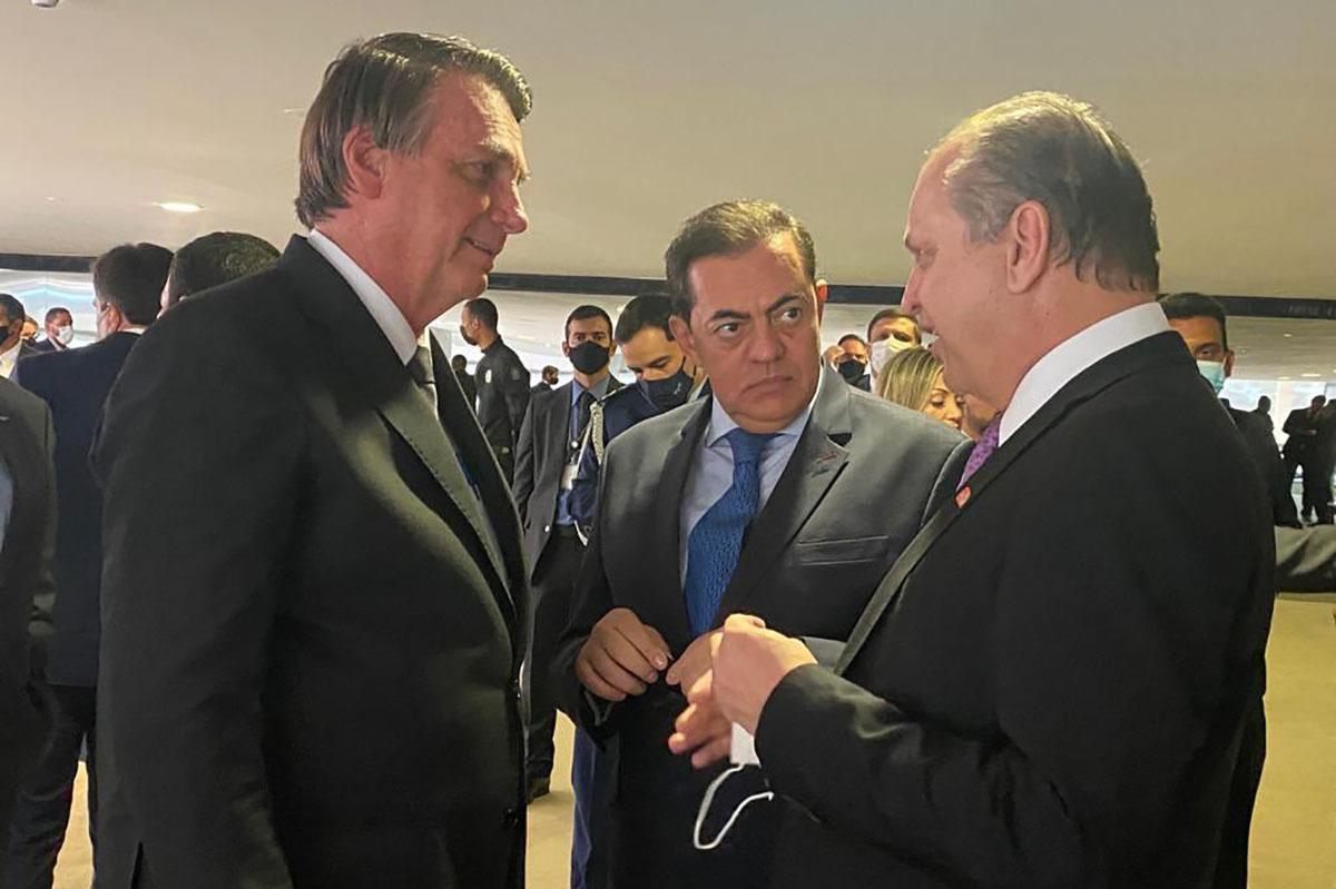 Bolsonaro, Tolentino e Barros –